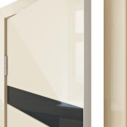 Межкомнатная дверь Дверная Линия ДО 502 ваниль глянец , стекло черное