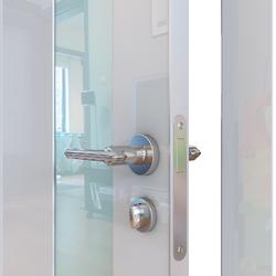 Межкомнатная дверь Дверная Линия ДО-504 Белый глянец стекло белое матовое