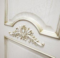 Межкомнатная дверь Оникс Византия патина золото